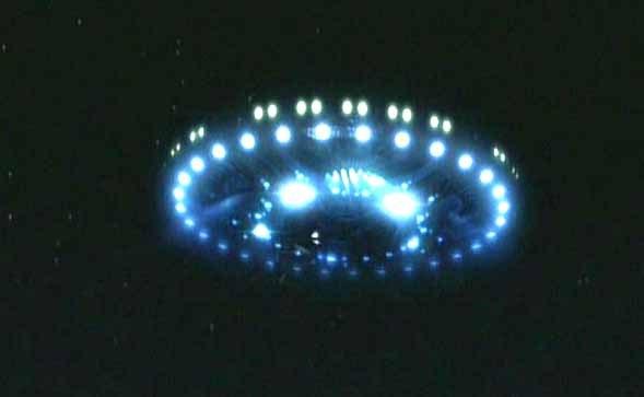 Resultado de imagen de Un ovni en movimiento