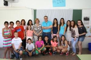 Alumnos del colegio de 'Las Monjas', presidenta Asociación Contra el Cáncer junto a Francisco Abril
