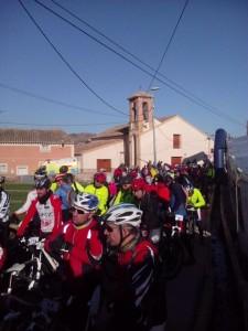 Participantes en la I Marcha Cicloturista MTB del Campillo de los Jiménez