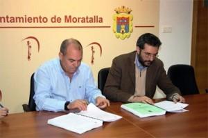Firma del contrato de electricidad de Moratalla