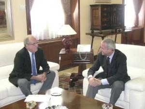 Foto de archivo ::El presidente Ramón Luis Valcarcel y el alcalde de Caravaca Domingo Aranda: