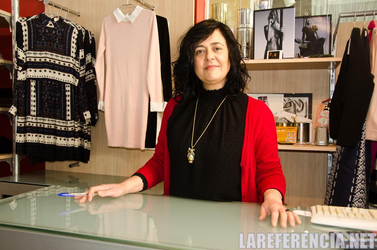 Entrevista a MªÁngeles Muñoz sobre el Outlet de Caravaca   La Referencia